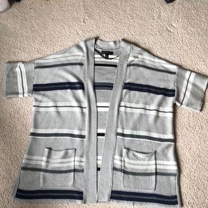 Short sleeved Cardigan sweater